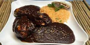 authentic-mexican-entrees-chicken-in-mole-sauce