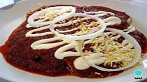 authentic-mexican-entrees-red-chicken-enchiladas-02